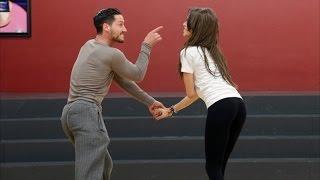 getlinkyoutube.com-Zendaya All Dance Videos On Instagram !