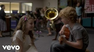 VIDEO: Tiny, Adorable Taylor Swift, Ed Sheeran in 'Everything Has Changed'