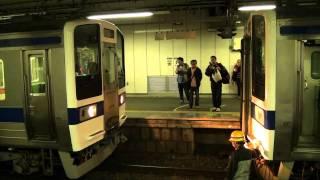getlinkyoutube.com-常磐線415系 勝田駅で連結