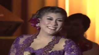 "getlinkyoutube.com-Virzha feat Regina Idol "" Esok kan Bahagia "" - MNCTV Pahlawan Untuk Indonesia 2014 (10/11)"