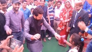 getlinkyoutube.com-BCCI secretary Anurag Thakur dancing at a wedding in Himachal, video goes viral