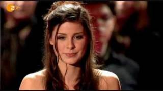 getlinkyoutube.com-Lena Meyer-Landrut - Golden Camera Award 2011-02-05 (english subs)