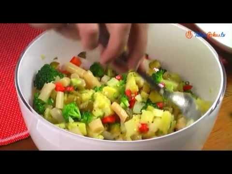 Sałatka ziemniaczana z brokułami