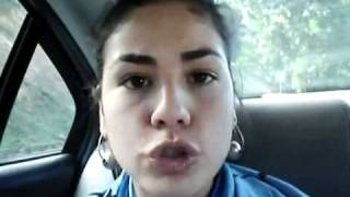 getlinkyoutube.com-Mujer imita forma de hablar de diferentes países y en varios idiomas