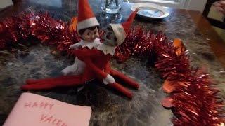 getlinkyoutube.com-An Elf on the Shelf Love Story!