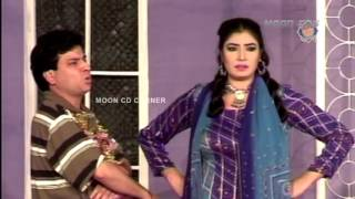 Munday Pyar Mangde New Pakistani Stage Drama Full Comedy Show