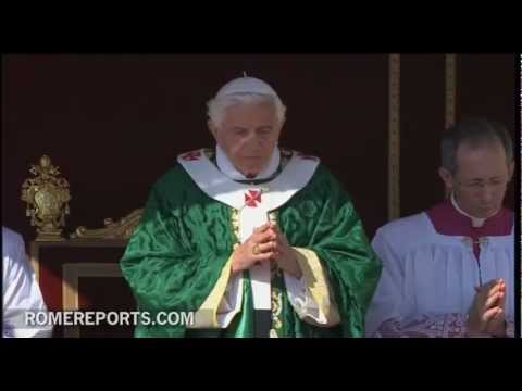 Benedicto XVI inaugura en la Plaza de San Pedro el Ao de la Fe