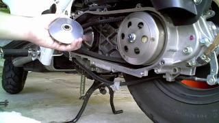 getlinkyoutube.com-Ruckus Variator Roller Replacement Part 2