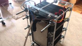 getlinkyoutube.com-hho generator with 31 aluminum plates