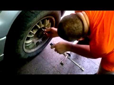 Вот почему нельзя сильно затягивать колесные гайки!