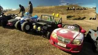 getlinkyoutube.com-Power Wheels Downhill Assault