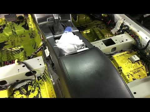 Volvo S60 вибро-шумоизоляция. Снижение количества лишних звуков в салоне любимого автомобиля
