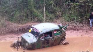 getlinkyoutube.com-fusca baja PH vs jeep