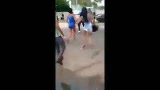 getlinkyoutube.com-2 famosinhas brigando por causa de macho