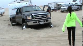 getlinkyoutube.com-stuck at Pismo Beach July 2014 ford superduty