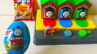 getlinkyoutube.com-Thomas and Friends Pop Up Surprise Egg and Chupa Chups