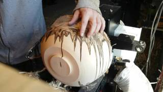 getlinkyoutube.com-Ambrosia bowl woodturning Time-lapse