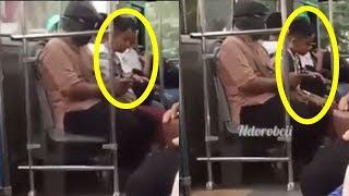 Gerak-geriknya Jadi Perhatian, Ternyata Siswa SD Ini Salat Ashar di Dalam Bus saat Pulang Sekolah