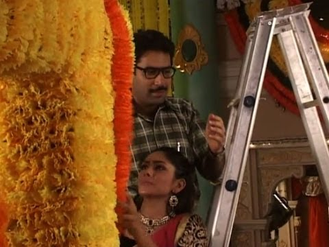 Kumkum Bhagya : Suresh proposes to Bulbul ?  - Bollywood Country Videos