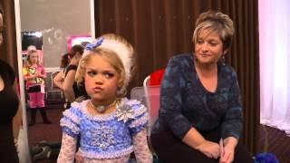 getlinkyoutube.com-Bad Grandpa pageant scene full (HD)