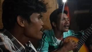 getlinkyoutube.com-Pulanglah Uda - Lagu padang oleh orang batak trio lapo