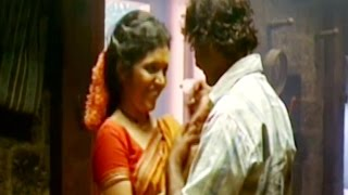Mukta Barve | Love Making Scene | Jogwa (2009) Marathi Movie 3/6