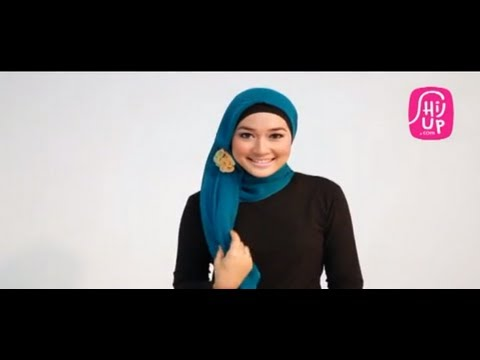 Hijab Style Tutorial 6 by HijUp.com