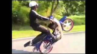 getlinkyoutube.com-keramat motor club part 2