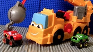 getlinkyoutube.com-Play Doh Cars Buster Power Crane Wrecking Ball Diggin Rigs Monster Truck McQueen Disney Pixar toys