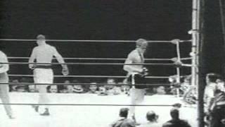getlinkyoutube.com-Rocky Marciano vs Roland La Starza II FULL FIGHT!
