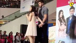 getlinkyoutube.com-Andre Paras And Barbie Forteza's Near Kiss At Mall Show