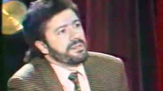 getlinkyoutube.com-Matoub Lounes (Je ne suis pas l'ennemi de Dieu)