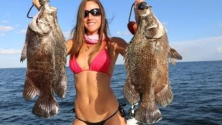 getlinkyoutube.com-Fishing girl catches tripletail with 3 other hooks in its belly