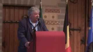 Primarul Bruxelului le-a vorbit englezește tinerilor umaniști europeni