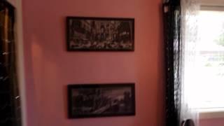 getlinkyoutube.com-I was showing a house today... Audrey Hepburn Room