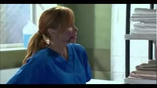 getlinkyoutube.com-Corazon valiente - Fernanda pelea en el carcel