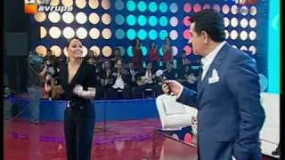getlinkyoutube.com-Ebru Gundes - Ibrahim Tatlises Düet - Ben Insan Degilmiyim