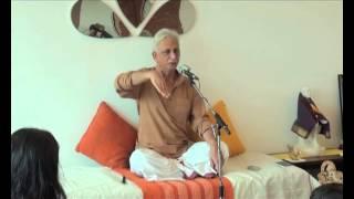 getlinkyoutube.com-Satsang with Sri M at a Yoga Studio - Part 3