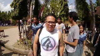 getlinkyoutube.com-Rocket Rockers - Hitam Putih Dunia ( Live From SUKSMA SMA 1 Sukawati Bali )