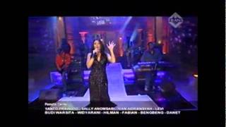getlinkyoutube.com-Agnes Monica Feat Anggun Cipta Sasmi