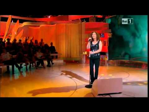 "Irene Fargo - ""I will always love you"" (Est@te c0n n0i in tv 2012)"