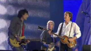 getlinkyoutube.com-Paul McCartney and Ronnie Wood Get Back HD Live