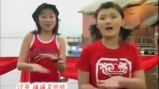 getlinkyoutube.com-嘻嘻哈哈过年啦「M-Girls 四个女生 & 四千金 2004 贺岁专辑 『春风催花开』」