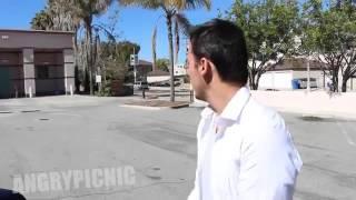 getlinkyoutube.com-شاهد  شاب متنكر على شكل رجل مسن بلعمر يهبل ناس في شوارع