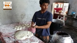 getlinkyoutube.com-How To Make Tandoori Roti - Naan without Tandoor - Tandoori Roti Recipe - Hyderabad Street Food 2016