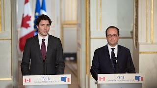 getlinkyoutube.com-PM Trudeau and President Hollande hold a joint press conference in Paris