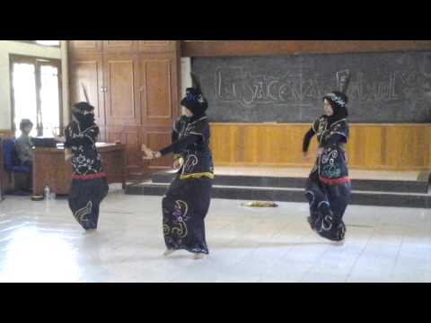 KALIMANTAN DANCE INDONESIA CULTURE - TARI DAYAK