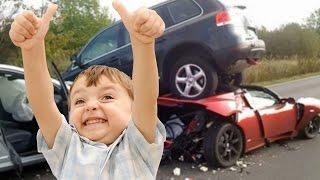 getlinkyoutube.com-11-jähriger klaut Auto & spielt GTA IN REAL LIFE