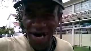 getlinkyoutube.com-Morador de Rua canta muito