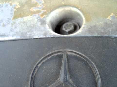 Mercedes-Benz w202 C200 111.941 два вида шума при работе мотора